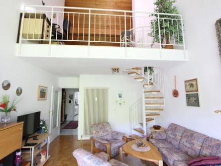 Sehr schöne und individuelle 3-Zimmer Wohnung in zentraler Stadtlage!
