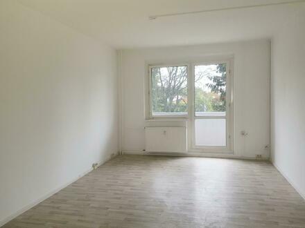 Schöne 3 Zimmer Wohnung mit Balkon - auf Wunsch mit Einbauküche*