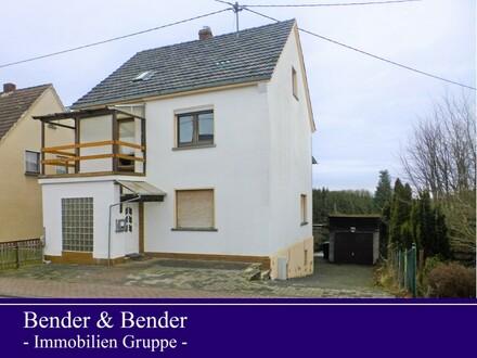 Freistehendes Einfamilienhaus mit Garten und Garage - Nähe Hamm (Sieg)!