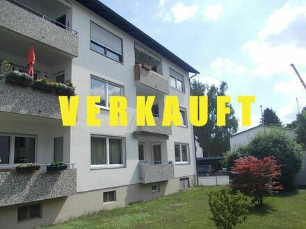 *Viel Licht, hohe-Wohnqualität in dieser komplett renovierten Wohnung am südl. Stadtrand von Rosenheim (super Freizeitwert)…