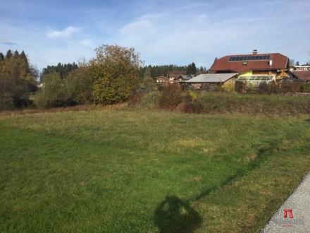 Ruhiges und sonniges Baugrundstück in Maria Rain Tschedram