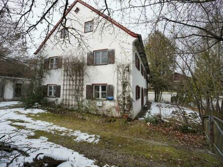 Großes, bäuerliches Einfamilienhaus - renovierungsbedürftig