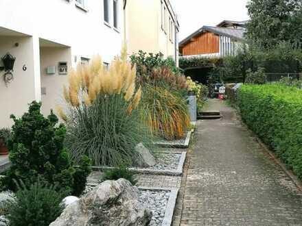 Von Privat-RMH mit kl.Garten