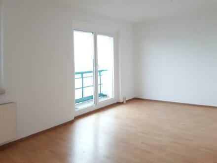 Tolle Aussicht***2-Raum-Wohnung mit Balkon!