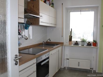 LAYER IMMOBILIEN: Sehr gepflegte und geräumige 3-Zimmer-Wohnung in Königsbrunn