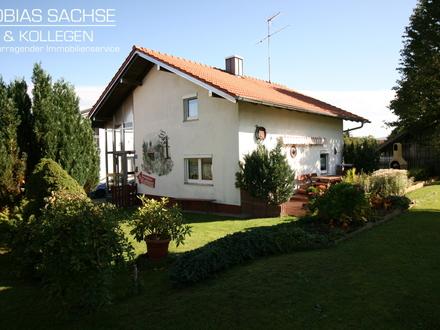 Wunderschönes Einfamilienhaus, sehr ruhige Dorfrandlage