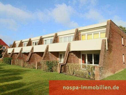 Voll ausgestattete Wohnung im 1. Obergeschoss einer kleinen Anlage mit Südbalkon!