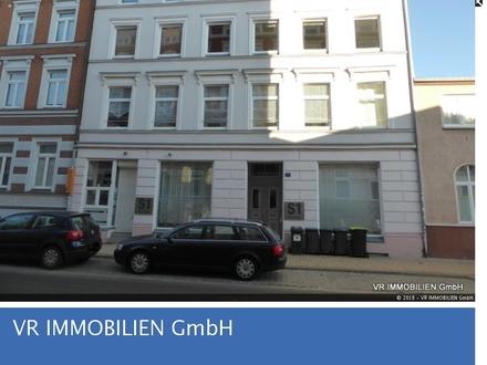 Große 2-Zimmer-Wohnung in der Schweriner Innenstadt