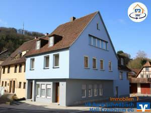 Interessantes Mehrfamilienhaus mit vielen Nutzungsmöglichkeiten