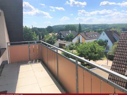 Modernisierte 3 Zimmer-Wohnung mit Balkon - auch WG-tauglich