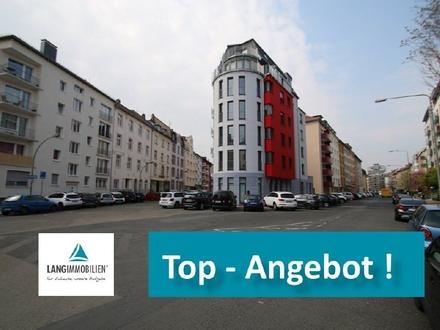 TOP! Individuell geschnittende 3-Zi-Wohnung mit Sonnenbalkon, Einbauküche und Parkplatz!