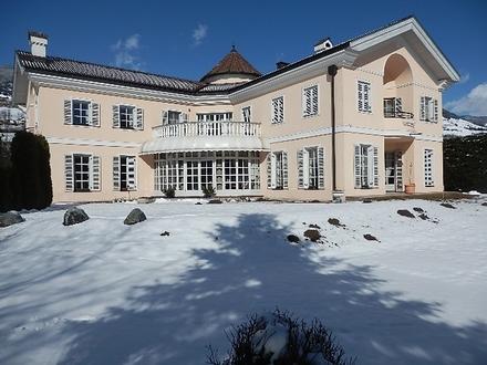 Mittersill: Elegante Villa mit herrlicher Aussicht!