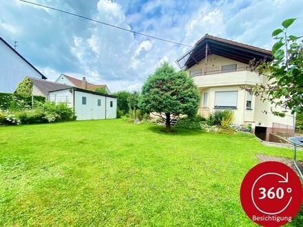 Einfamilienhaus mit 4 Garagen und Garten in 88339 Bad Waldsee - Reute