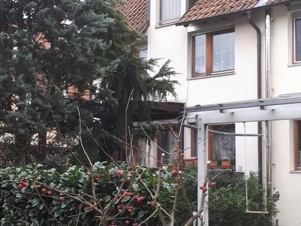 Außergewöhnliches Wohnhaus auf acht Ebenen in ruhiger Wohnlage