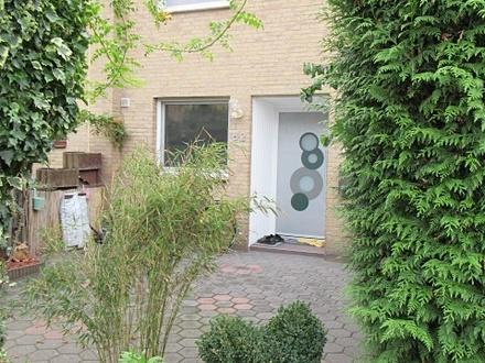Links d. Weser…Mittelshuchting- Nähe Ochtum/Park …schmuckes RH mit idyll. Garten und Garage