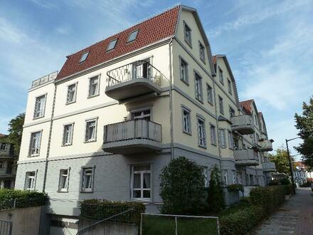 Zwei-Zimmer Wohnung in Seniorenanlage in Walle