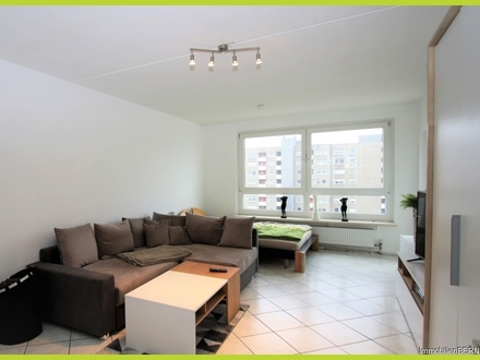 Für Eigennutzer oder Kapitalanleger - Helle Wohnung mit tollem Schnitt & Fernblick - sofort frei!