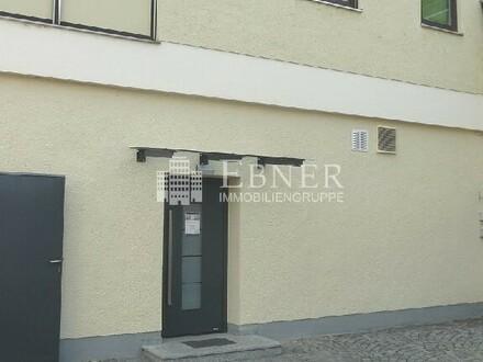 Büroetage im Erdgeschoss mit Sozialräumen in Deggendorf Zentrumsnähe