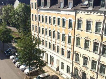 Helle 2 Zimmerwohnung zum Top-Preis im Schlossviertel!