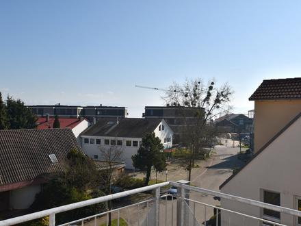 *Leben am Bodensee* - Große Dachgeschosswohnung in Kressbronn