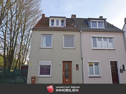 Walle / Anlage: Gepflegte Doppelhaushälfte in ruhiger Wohnstraße nahe Überseestadt