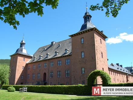 Historische Wohnung im Schloss Adolfsburg mit Mobiliar (Objekt-Nr.: 5900)