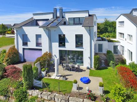 Doppelhaushälfte mit gehobener Ausstattung in Bestlage sucht neuen Besitzer!