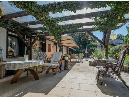 Einzigartige Immobilie mit herrlicher Gartenanlage