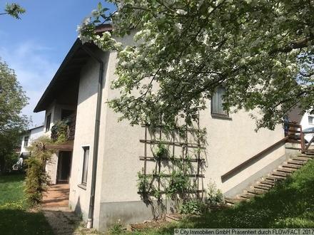 Einfamilienhaus mit Balkon, Terrasse, Garten, Garage...