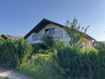 Großes Einfamilienhaus / Mehrgenerationenhaus in Obersulm / Sackgasse & Feldrandlage