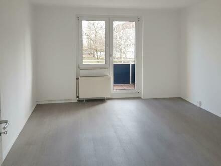 6-Zimmer// 2 Bäder // Dusche + Wanne // 2 Balkone //mit Küchengutschein*