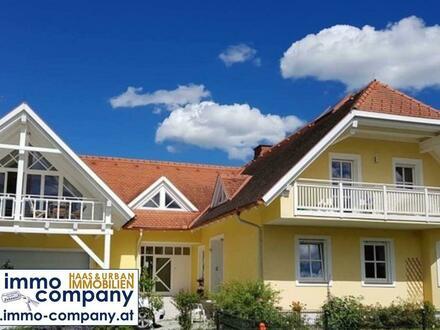Dachgeschosswohnung mit Grünblick