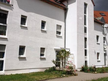 Schicke 3 Zimmerwohnung mit Balkon im Grünen