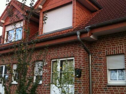 EFH-DHH, 110 m², inkl. 9 m Garage, Grd. 324 m²
