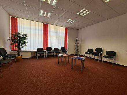 Ca. 120 m² Praxisfläche im Ortskern von Steinhagen