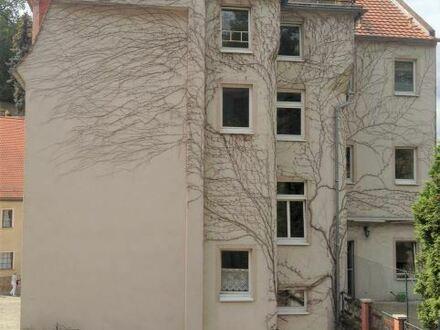 +++ Ruhig gelegene helle 2-Raumwohnung mit Blick zur Ruine der Nikolaikirche +++