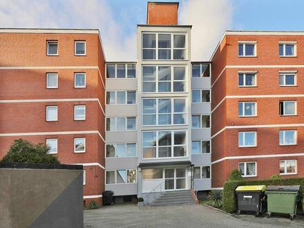 TT Immobilien bietet Ihnen: Geräumige 4-Zimmer Eigentumswohnung mit Garage in klasse Lage von Heppens!