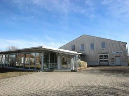 Büro und Lagergebäude mit vielseitiger Nutzung in absolut zentraler Lage in Vöhringen