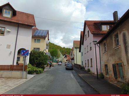 Ruhig gelegenes Mehrfamilienhaus im Herzen der fränkischen Schweiz!