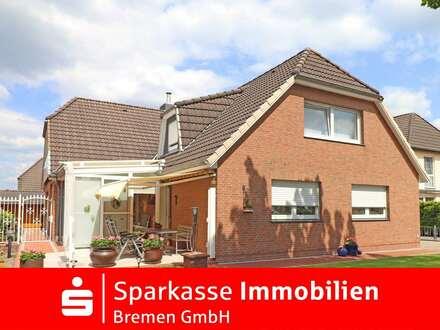 Schönes Ein-/Zweifamilienhaus mit Garten, Wintergarten und Garage in ruhiger Lage von Weyhe-Leeste