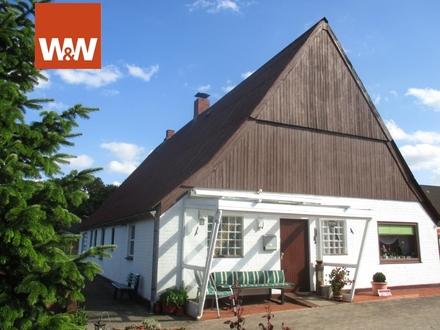 Traditionelles ebenerdiges Wohnhaus (auch für Pferdebesitzer interessant!)