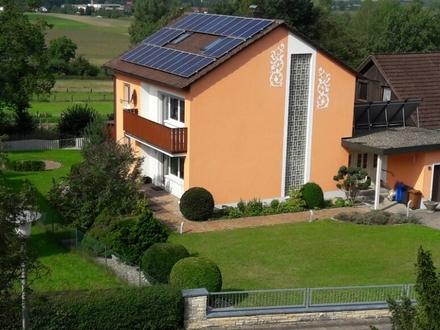 Hochwertiges Anwesen mit garantierter Photovoltaik-Einnahme in Höhe von ca. € 34.000.-!