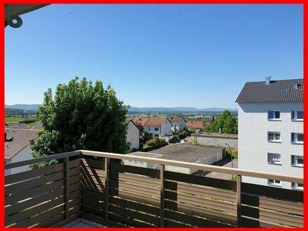 Sofort beziehbar - modernisiert - 2 Balkone - helle Räume!