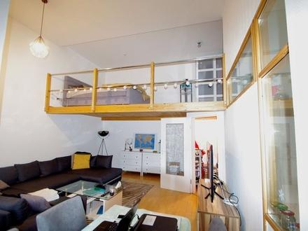 Helle, gemütliche 2,5 Zimmerwohnung mit Galerie und Balkon im Herzen der Vestestadt