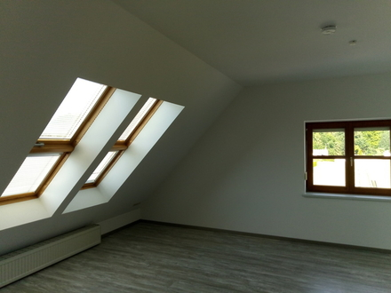 5 ZKB 106 m² sofort 850,- 250,- AIC-Obb, DG inkl Atelier im Dachspitz,...