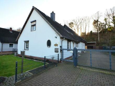 Bookholzberg: großzügiges Einfamilienhaus mit Einliegerwohnung in angenehmer Lage!