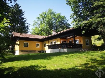 Einfamilienhaus in Mondsee, Tiefgraben