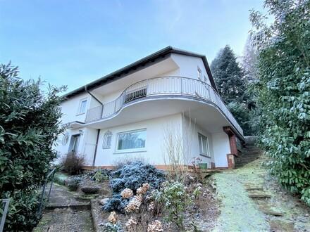 Großzügige Familienträume in bester Wohnlage Miltenbergs mit fantastischem Weitblick