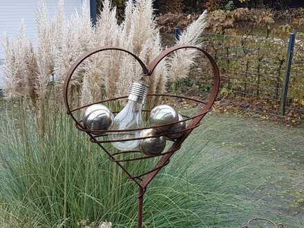Platz für die Ganze Familie - stadtnah und doch Entspannung im Garten