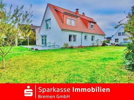 Barrierefreies schönes 1-2 Familienhaus mit großem Garten, Carport und Terrasse in Bremen-Vegesack